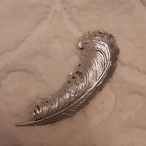 Silver tone Feather Brooch Pin